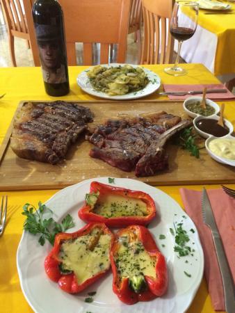 Restaurante - Asador Grill Hemingway