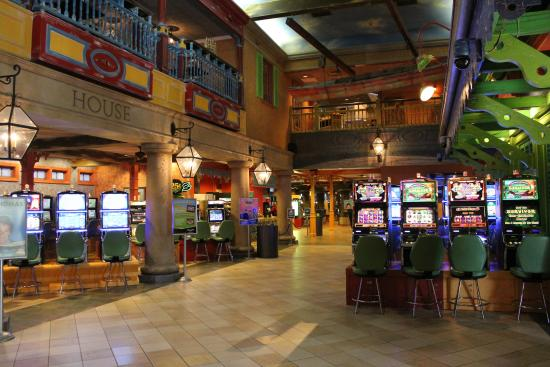 Argosy Casino Alton: Interior photo of landing area