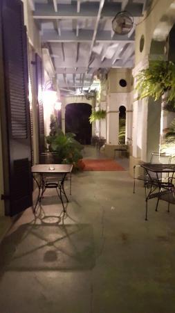 The Dansereau House: 20151021_194606_large.jpg