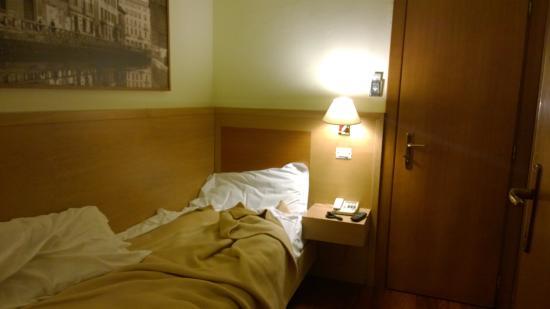Hotel Rio: Кровать в одноместном номере