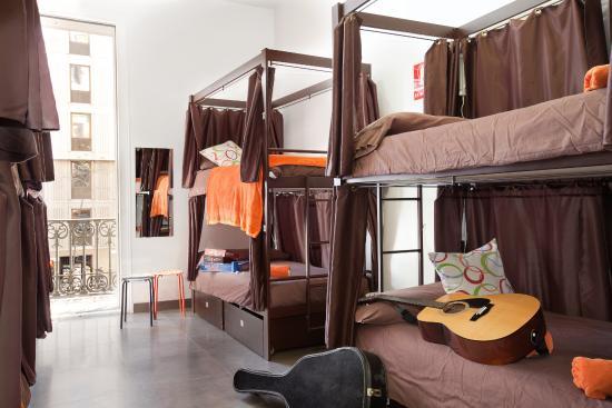 Hip Karma Hostel: 8 Bed Dorm - Mixed (Shared Bathroom)