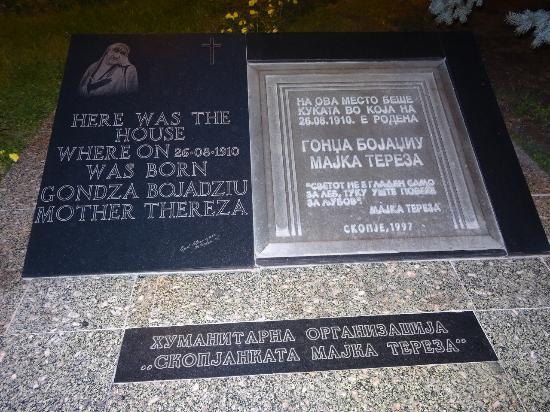 mother teresa house picture of memorial plaque of mother teresa s