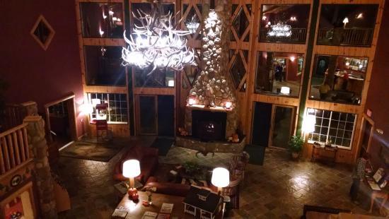 Alanson, มิชิแกน: Inside lobby