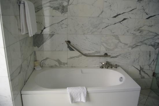 Casa Gangotena: Tub