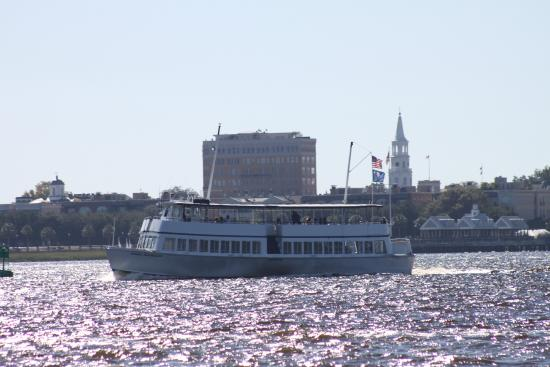 ‪SpiritLine Cruises Charleston Harbor Tour‬