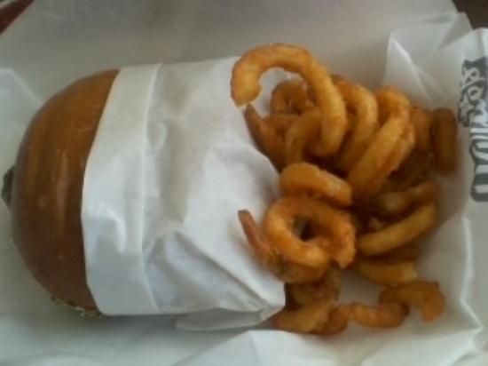 Shawano, WI: All Natural Burger and Curly Fries