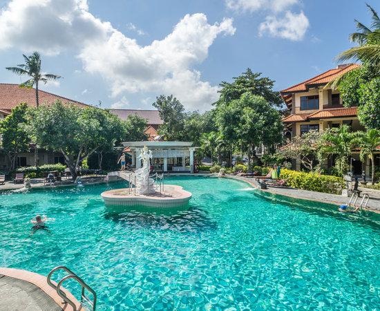 Exterior: Melasti Legian Beach Resort & Spa (Bali)