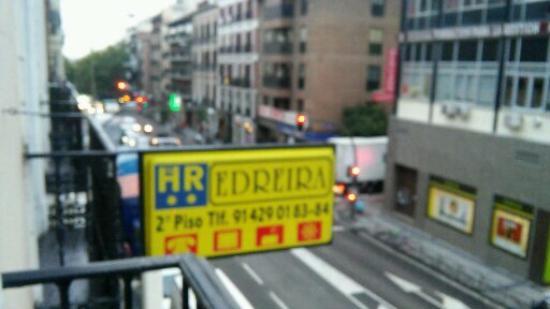 Hostal Edreira: Вид с балкона номера на 2 этаже
