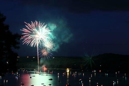 Ventris Trail End Resort: 2015 Fireworks display at Ventris Trail's End Resort