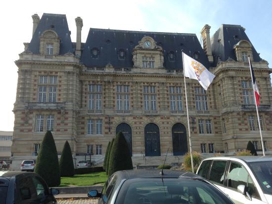 París, Francia: Versailles Prefeitura