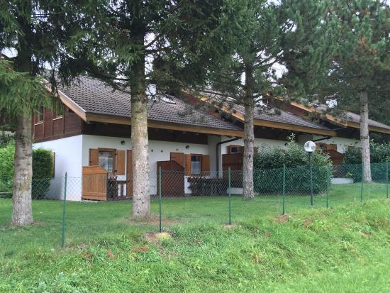 Camping Park Baita Dolomiti: Esterni degli chalet