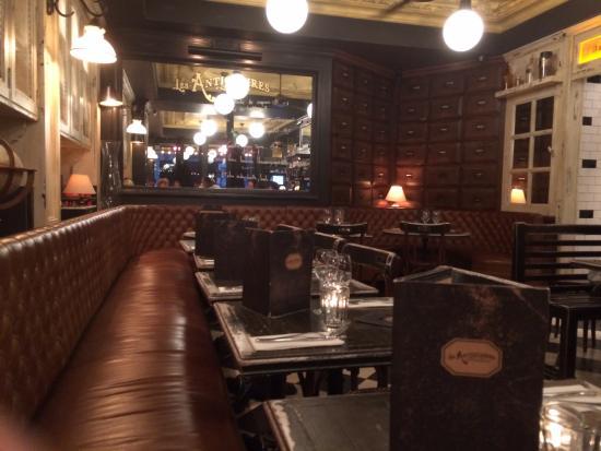 Restaurant When We Arrived Photo De Les Antiquaires Paris