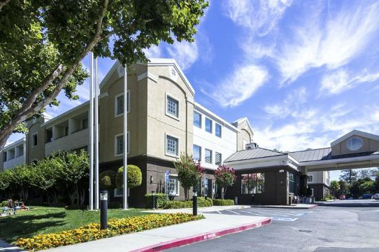 Photo of Holiday Inn Express San Jose International Arpt