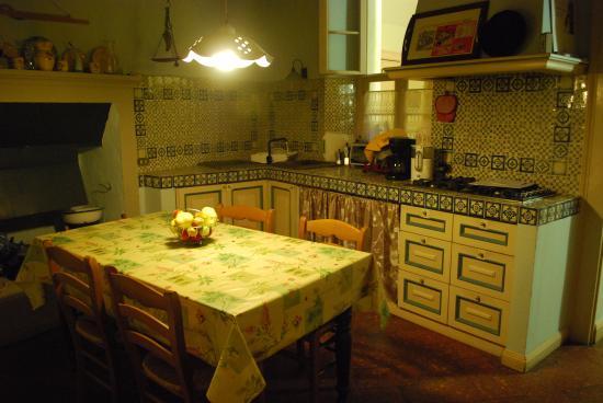 Bed and Breakfast Alba: Kuchnia