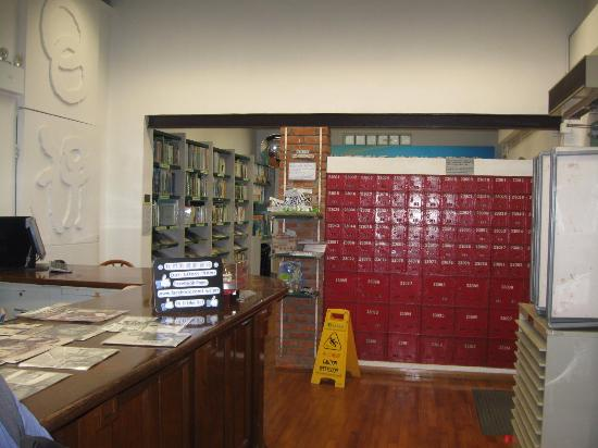 Wan Chai Post Office : original l post office boxes