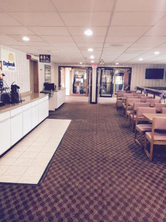 Days Inn Scranton PA: Clean breakfast area