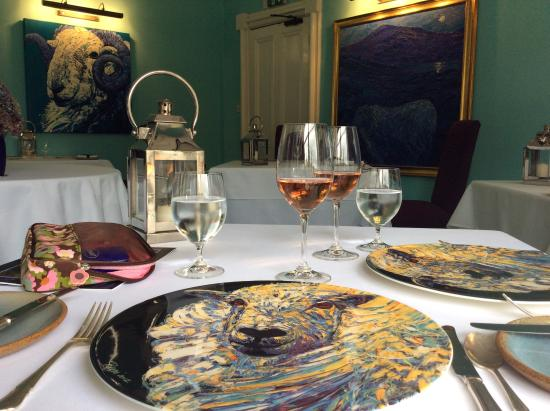 Eglwys Fach, UK: Unique 'sheep' plates and paintings in the dining room