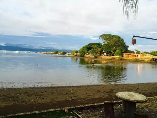 Puerto Jimenes, Costa Rica: Frente a las cabinas