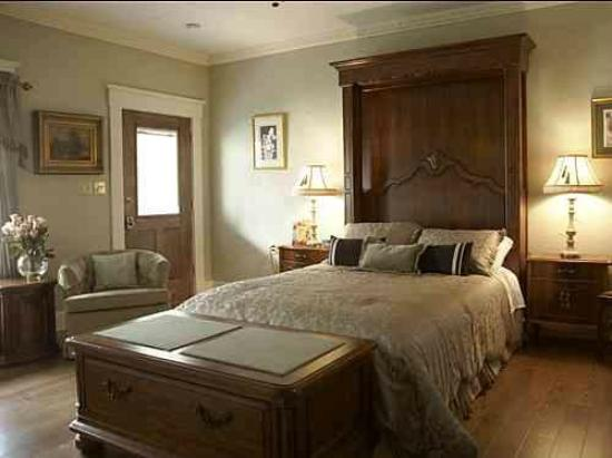 Jefferson Street Bed & Breakfast: #3 French Suite with private bath