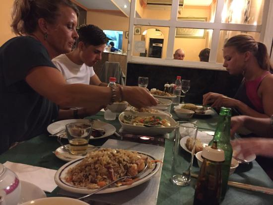 Hong Kong Aberdeen : Very good food!! We have had a nice evening! And the owners are lovely. I am sure we will come a