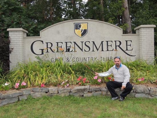 Carp, Canada: Greensmere sign