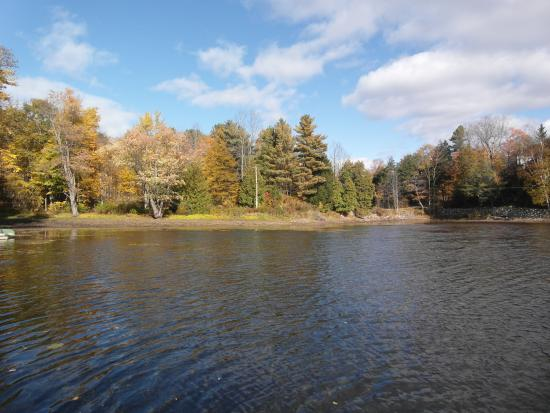 Westport, Канада: The lake