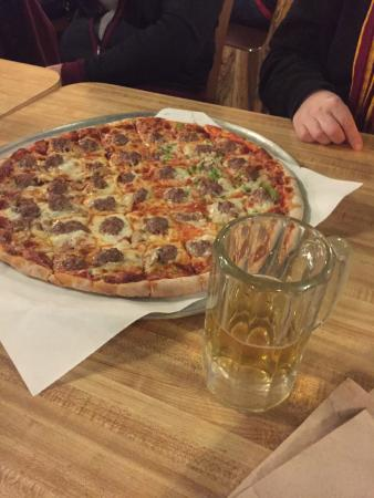 Sammy's Pizza & Restaurant: Half and Half