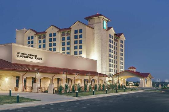 Embassy Suites by Hilton San Marcos - Hotel, Spa & Conference Center: Exterior