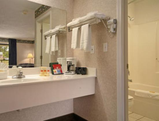 Days Inn Andalusia : Guest Room