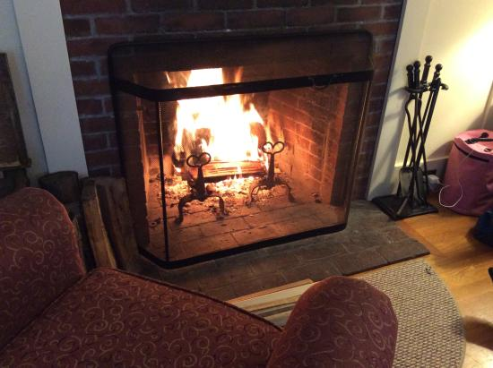 The Dunes on the Waterfront: Roaring fire again