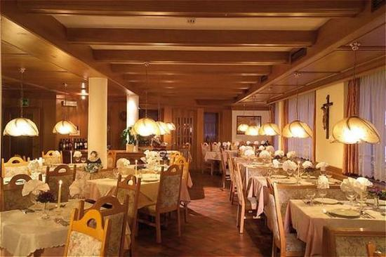 Auren Hotel