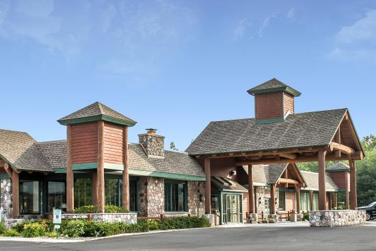 Photo of Quality Inn Rhinelander