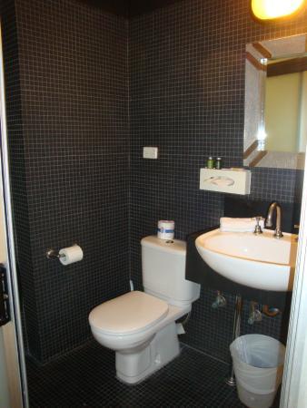 Altamont Hotel Sydney - by 8Hotels: Bathroom