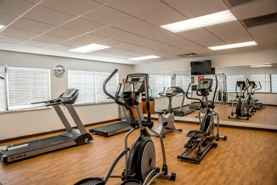 Comfort Suites Forest Park: Fitness center