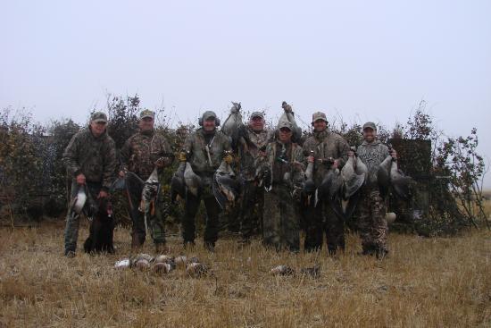 Provost, Kanada: Group staying at Greenhead Motel and Hunting