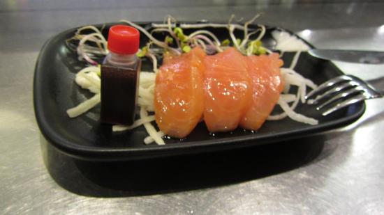 Bar Mo: Tataki de salmón
