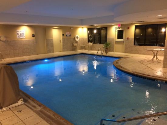 Hampton Inn Dandridge: indoor pool