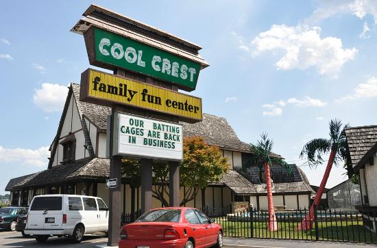‪Cool Crest Family Fun Center‬