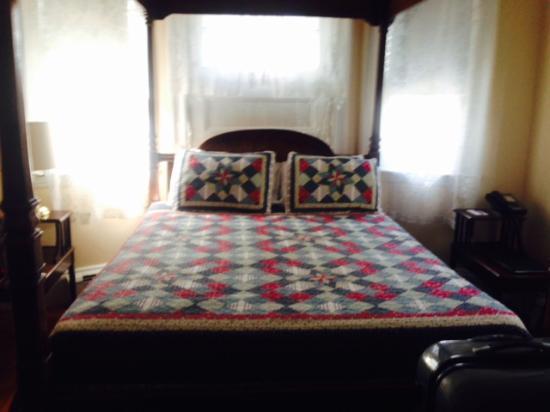Coolidge Corner Guest House: Bed & Bagel 사진