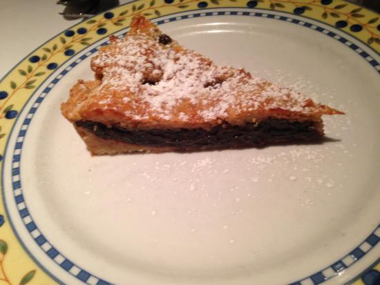 Babette's Cafe : Awesome Cherry Tart