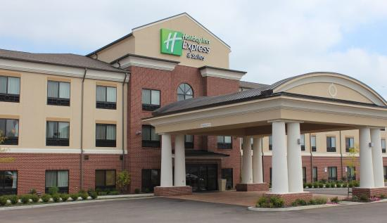 Holiday Inn Express Hotel & Suites WHEELING: Hotel Exterior