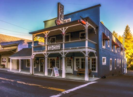 Hotel Charlotte Groveland California