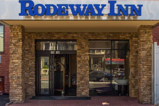 Rodeway Inn Bronx Zoo: Exterior