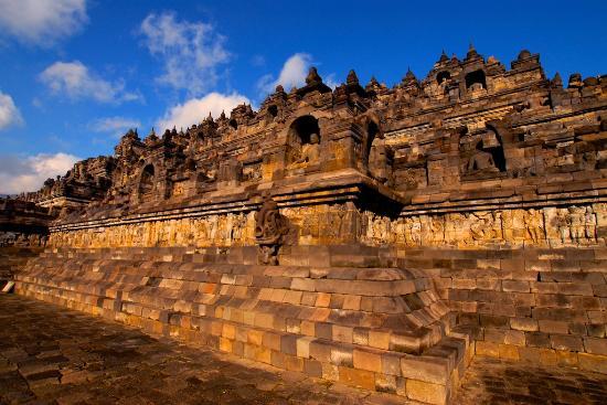 Indonesië: North wall of Borobudur Temple, Central Java, Wonderful Indonesia