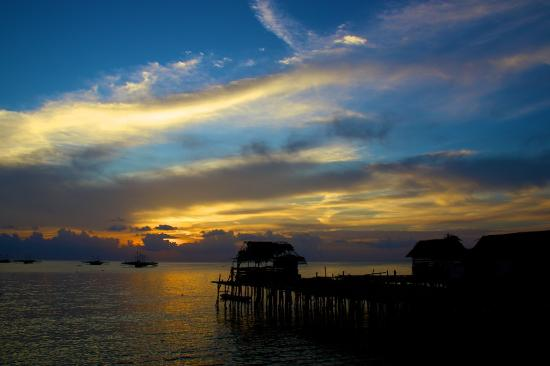 Indonesië: Sunset in Tanjung Binga, Belitung, Wonderful Indonesia