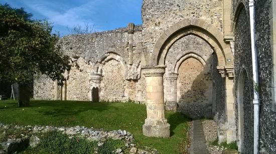 Boxgrove Priory: Priory ruins