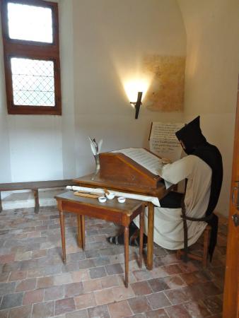 Saint-Nicolas-les-Citeaux, Francia: Copiste Cistercien