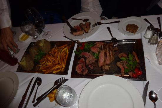 Bardi's Steak House: ステーキ