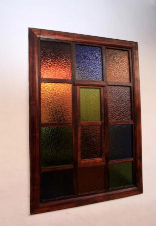 Casa Ordonez: Stained glass windows