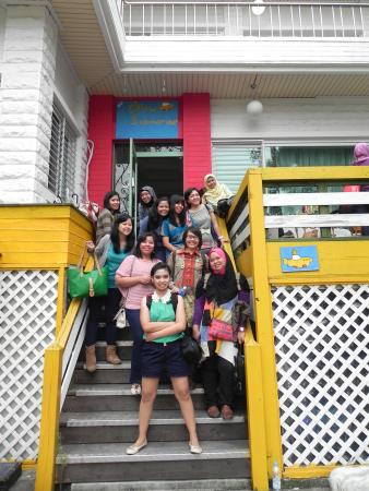 Yellow submarine Guesthouse Photo
